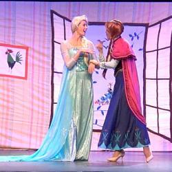 Elsa et Anna - la Reine des Neiges