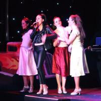 Grease chanté et dansé